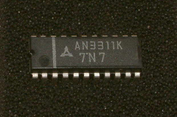 The AN3311 K and the AN3311 S are integrated circuits designed for head amplifier circuits of 4-head VCR. • Features • Built-in envelope comparing circuit. • Built-in peaking amplifier circuit. • Low input-conversion noise • Supply voltage: Vcc=5V