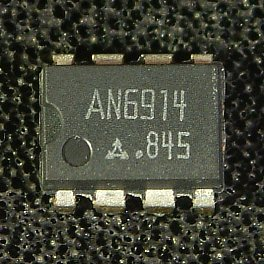 AN1393 (AN6914), AN1393S (AN6914S) Dual Comparators  Overview: The AN1393 (AN6914) and the AN1393S (AN6914S) are dual (voltage) comparators with wide range of operating supply valtage.  Features: � Wide range of operating voltages   Single supply: 2 to 36V   Dual supply: �1 to �18V � Low circuit current: 0.6mA typ. � Wide range of common-mode input voltages: 0V to VCC�1.5V (single supply) � Open collector output